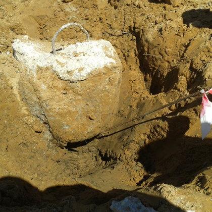 Dotajam pālim tika atklāts defekts (sašaurinājums) apmēram 1.0 m dziļumā no pāļa galvas.